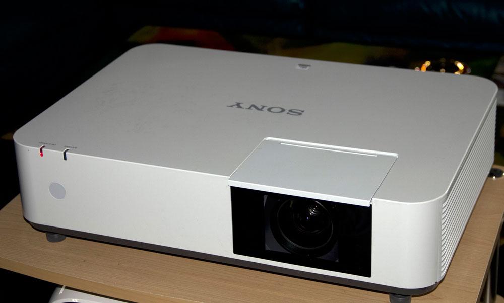 Sony-VPL-PHZ10_1.jpg